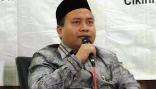Fahmi Salim: HTI Dibubarkan, Kok Syiah Tidak?