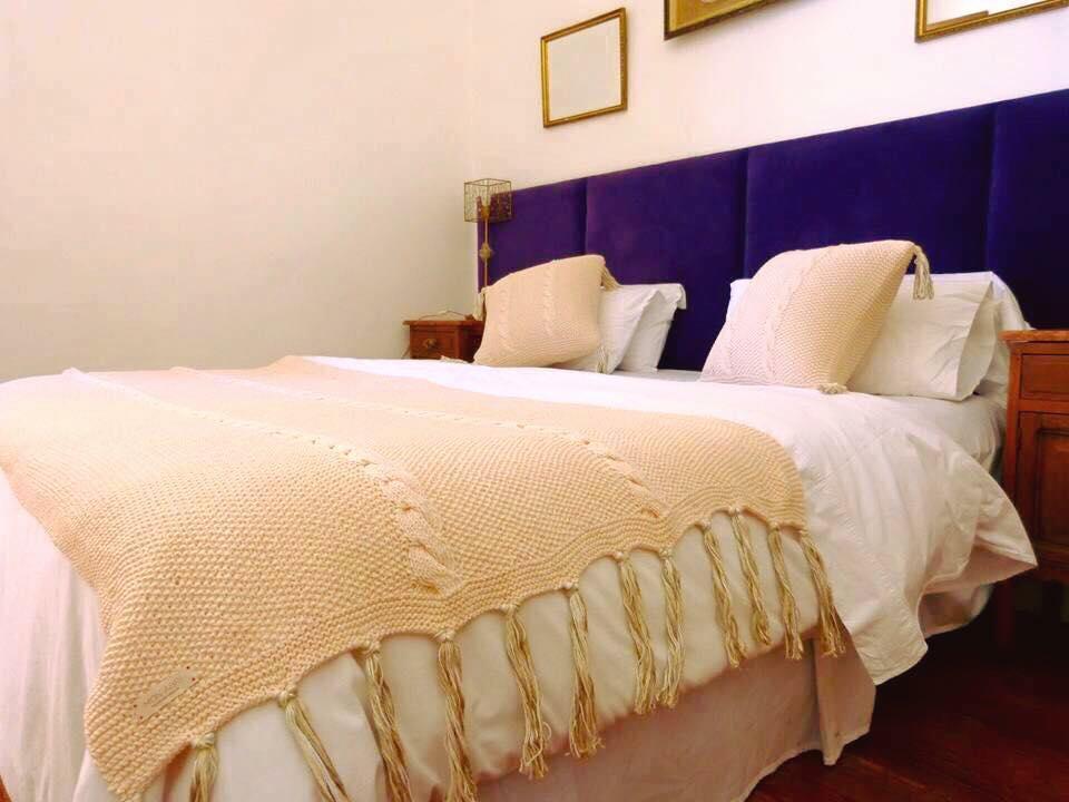 Mar a cielo mon abr mantas pie de cama almohadones - Mantas pie de cama ...
