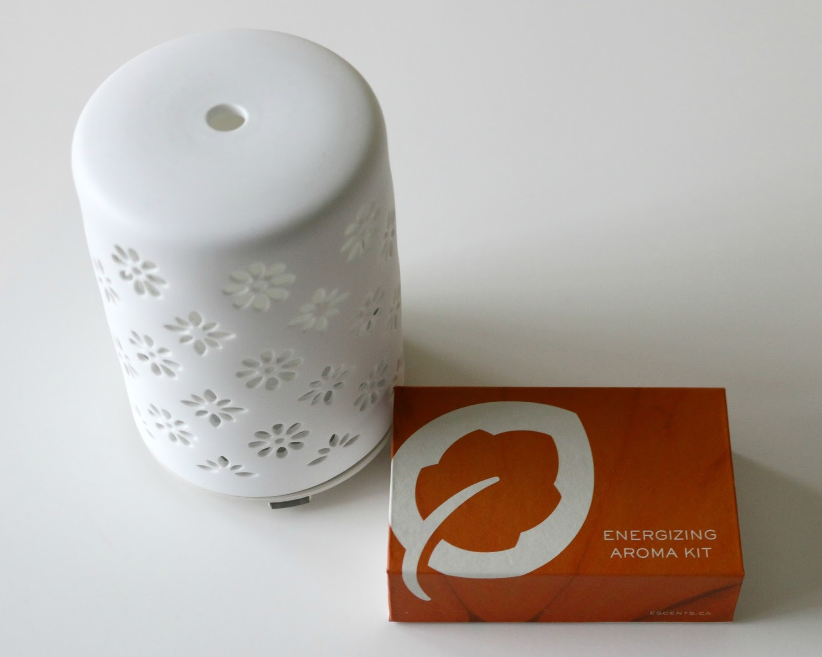 Escents Aroma Grace Diffuser Essential Oils