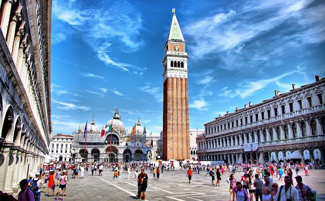 Sobre a Piazza San Marco em Veneza