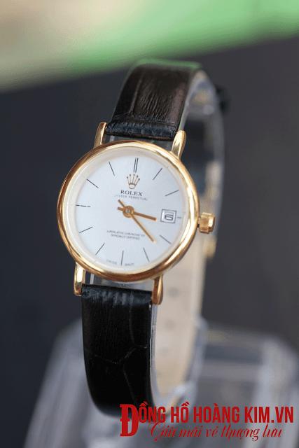 mua đồng hồ nữ dây da giá rẻ