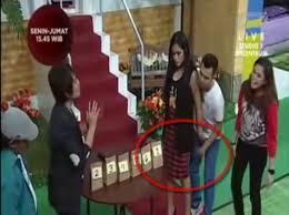 Jessica Iskandar Sentuh Alat Vital Raffi Ahmad