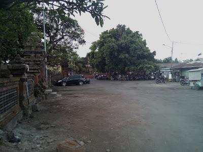parkir luas pasar burung satria