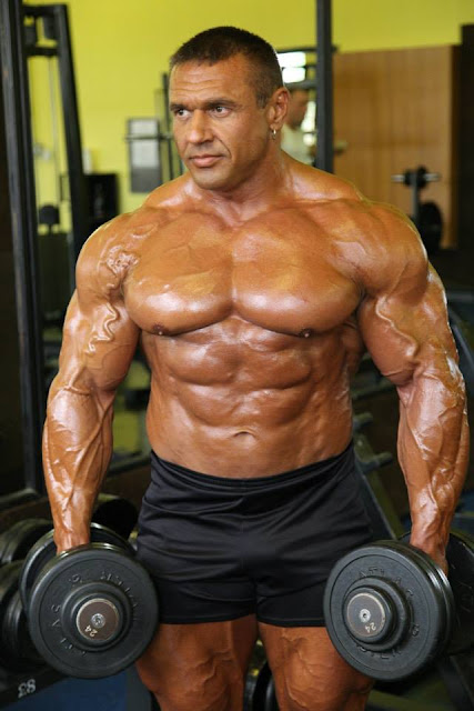 Hungarian Bodybuilder 86