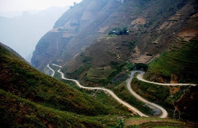 Du Lịch Hà Giang: Đèo Mã Pí Lèng - Một trong tứ đại đỉnh đèo của Việt Nam !