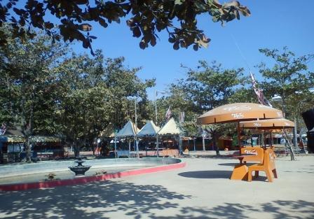 Gambar Tempat wisata didalam taman kartini rembang