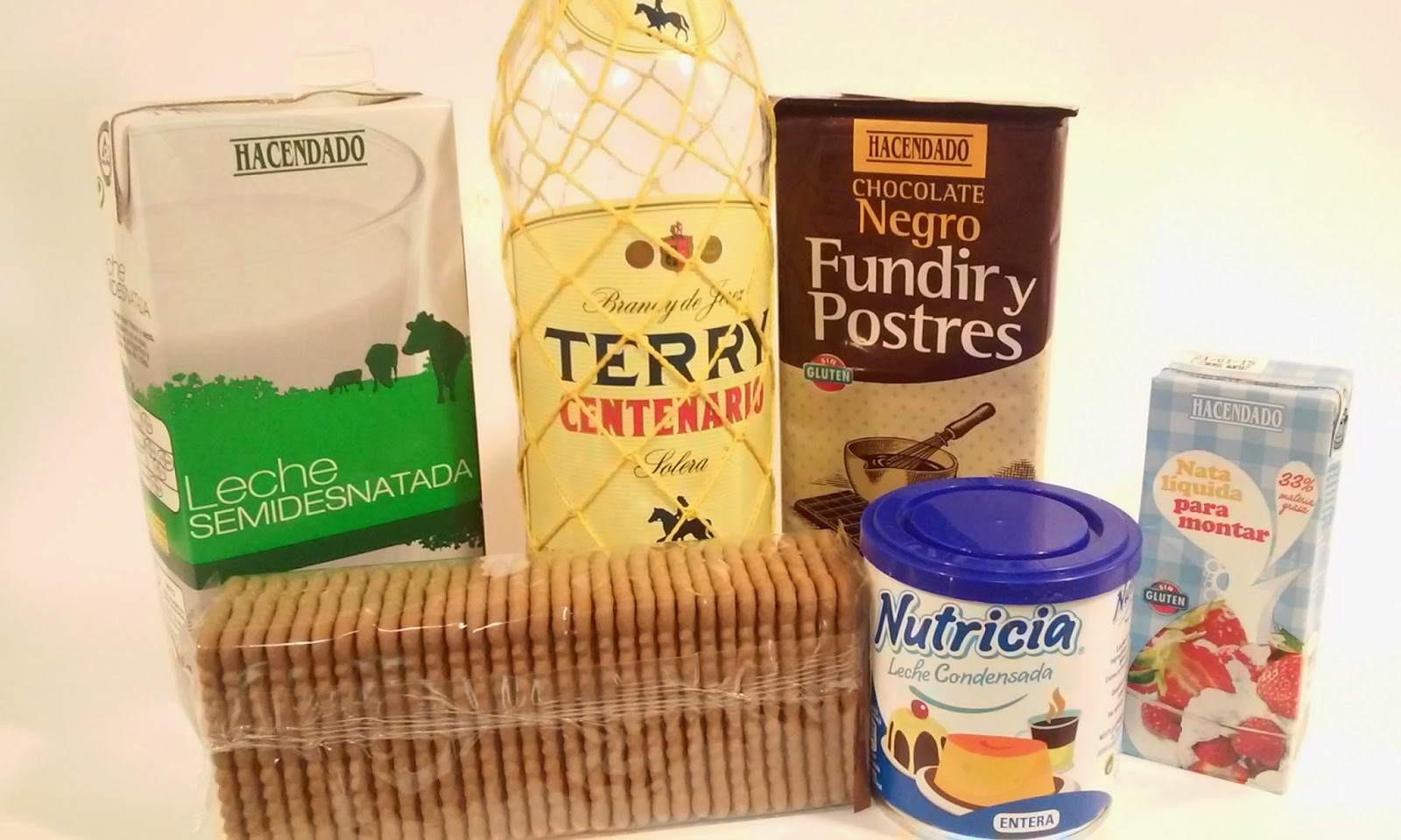 ingredientes tarta de chocolate con galletas