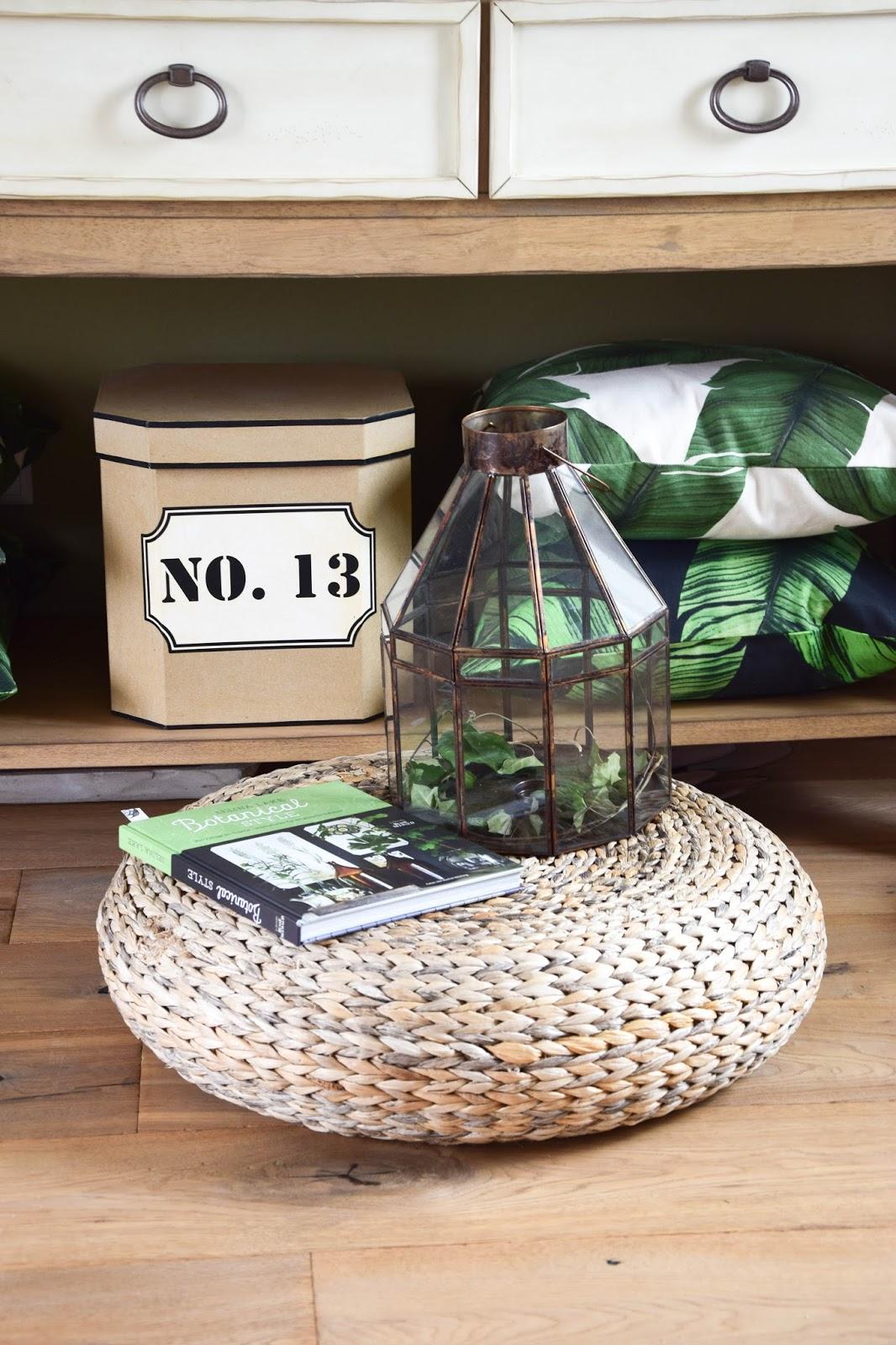 deko sideboard botanisch grün sommer pflanzen dekoration