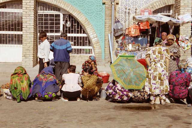 Ouzbékistan, Tachkent, Bazar Alaïsky, © L. Gigout, 2001