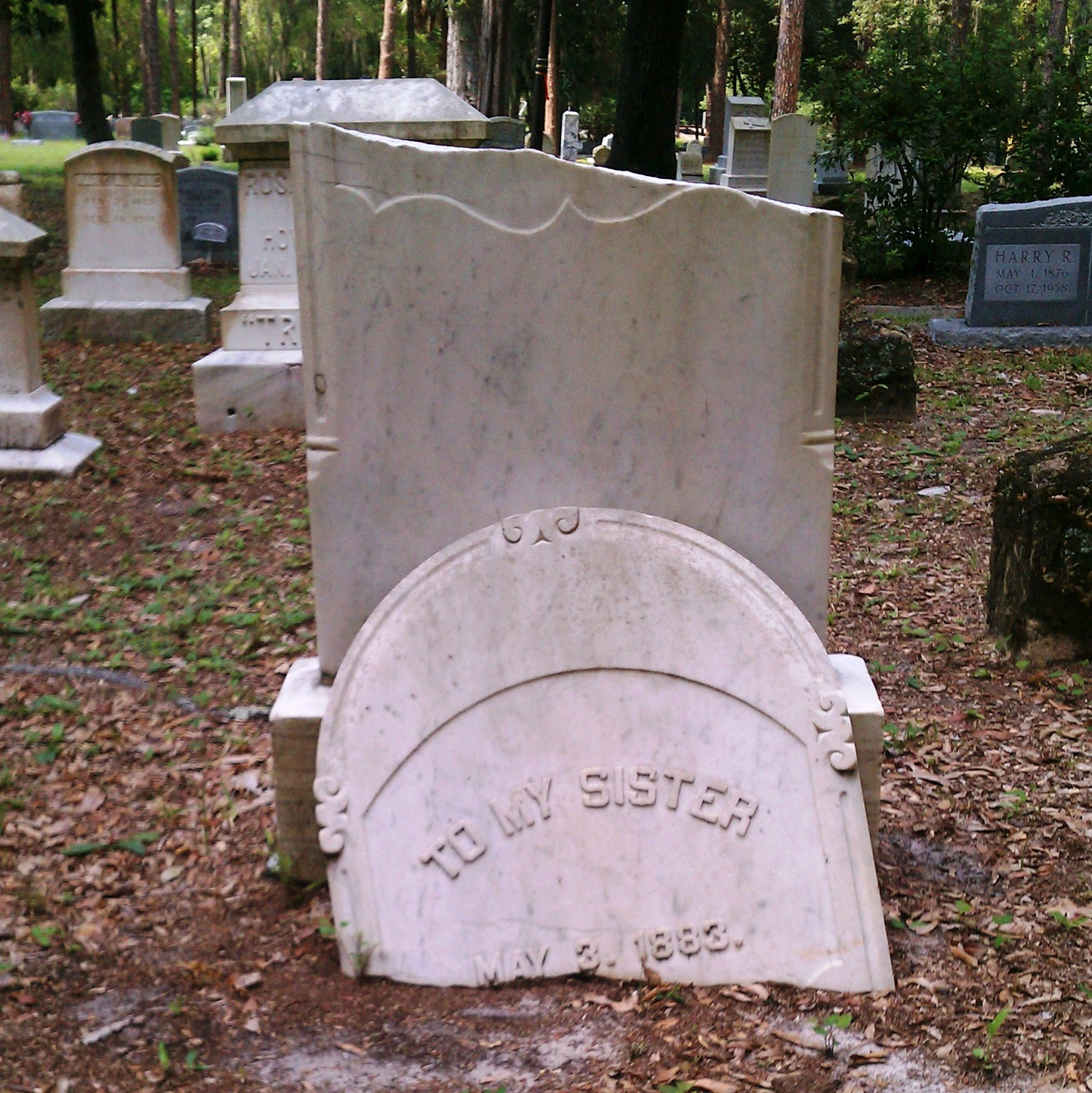 CRPT Spotlight: The Don'ts & Do's of Cleaning Headstones