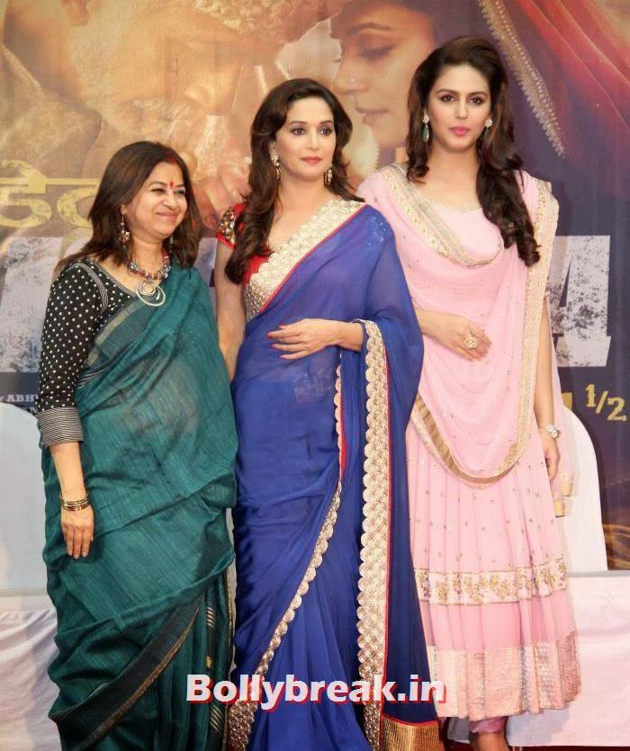 Rekha Bhardwaj, Madhuri Dixit, Huma Qureshi, Madhrui & Huma at 'Dedh Ishqiya' Music Launch