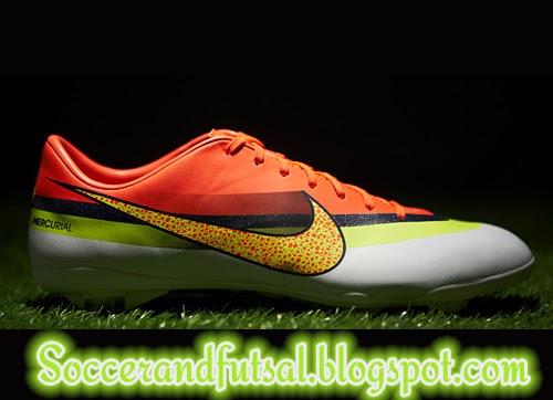 ella es Corredor agenda  Soccer and Futsal: Nike Mercurial CR7 Rainbow