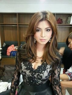 BTS: Angel Locsin Being Taken Care Of By The Glam Team!