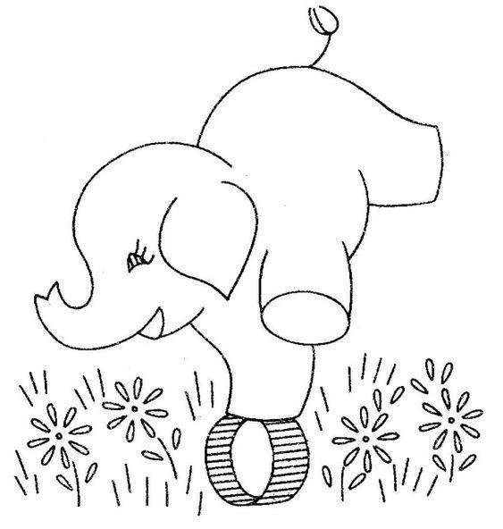 Tranh tô màu voi con làm xiếc
