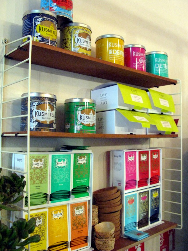kusmi tea display