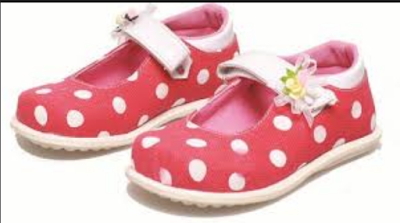Model Sepatu Anak Umur 3 Tahun Terbaru