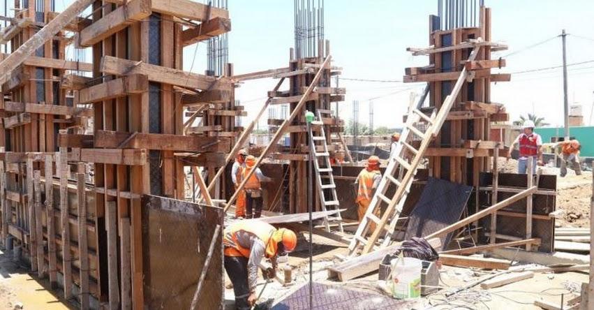 Alcaldes de Piura asumen responsabilidad de acelerar obras de reconstrucción de Instituciones Educativas