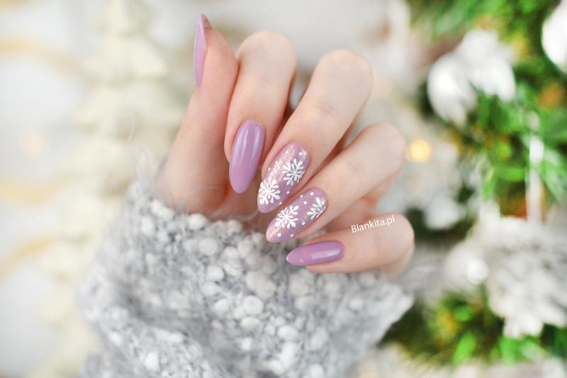 sniezynki na paznokciach, platki sniegu, semi art, paznokcie, snieg na paznokciach, snowflakes nail