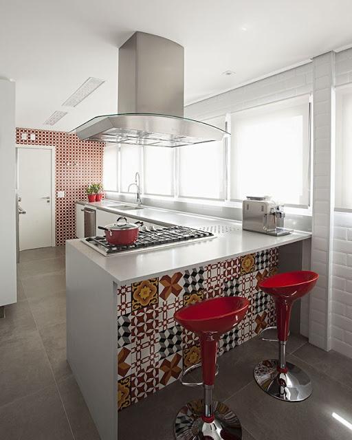cozinha-decoração-em-vermelho
