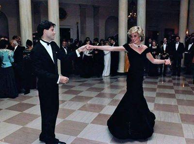 الأميرة ديانا ترقص مع جون ترافولتا