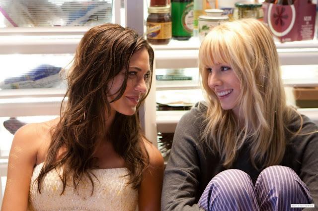 Odette Yustman and Kristen Bell
