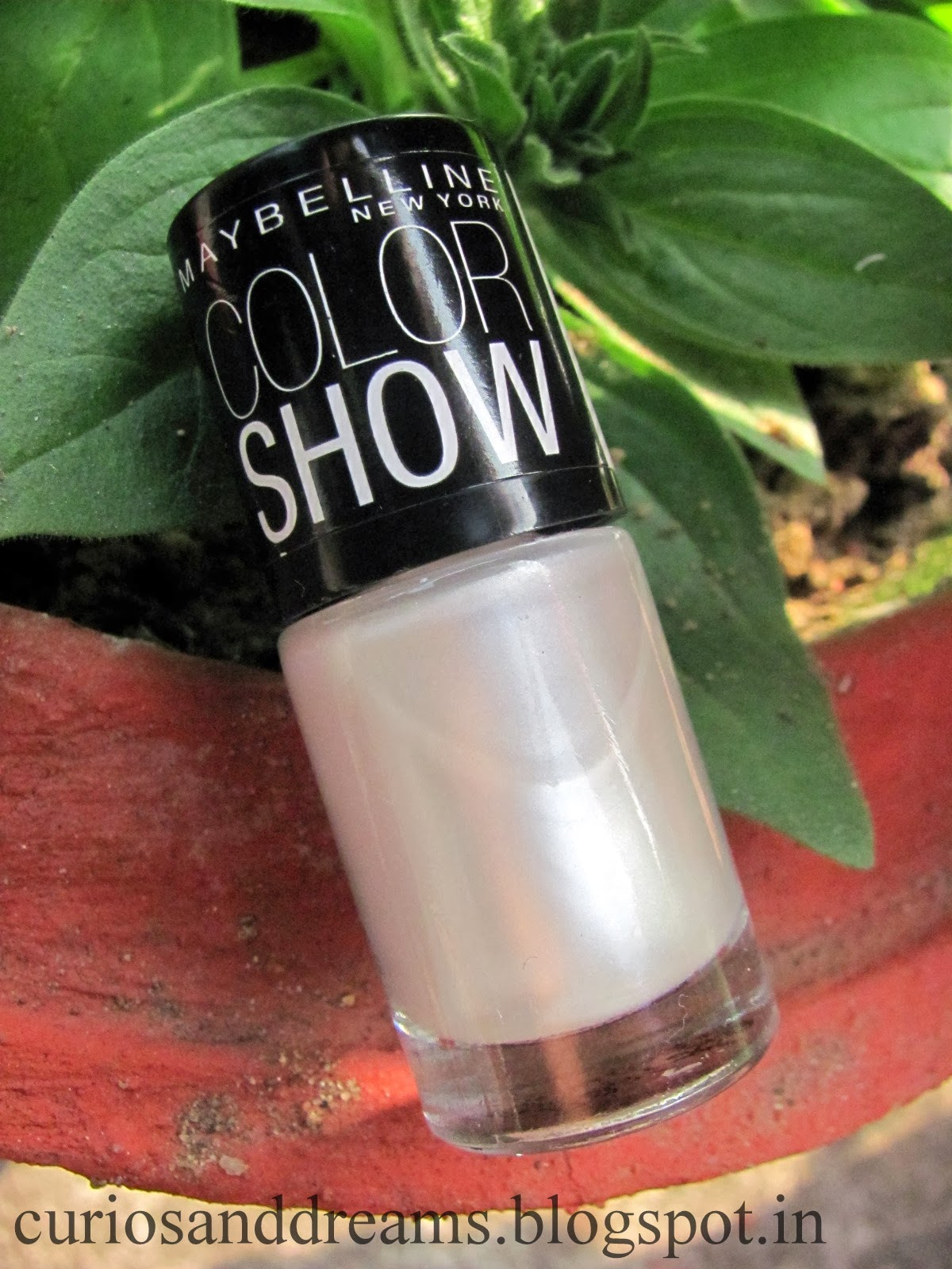 Maybelline Color Show Moon Beam Review