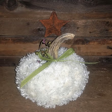 WHITE PUMPKIN - FUR - GREEN BOW