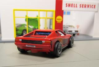 Matchbox   Ferrari Testarossa