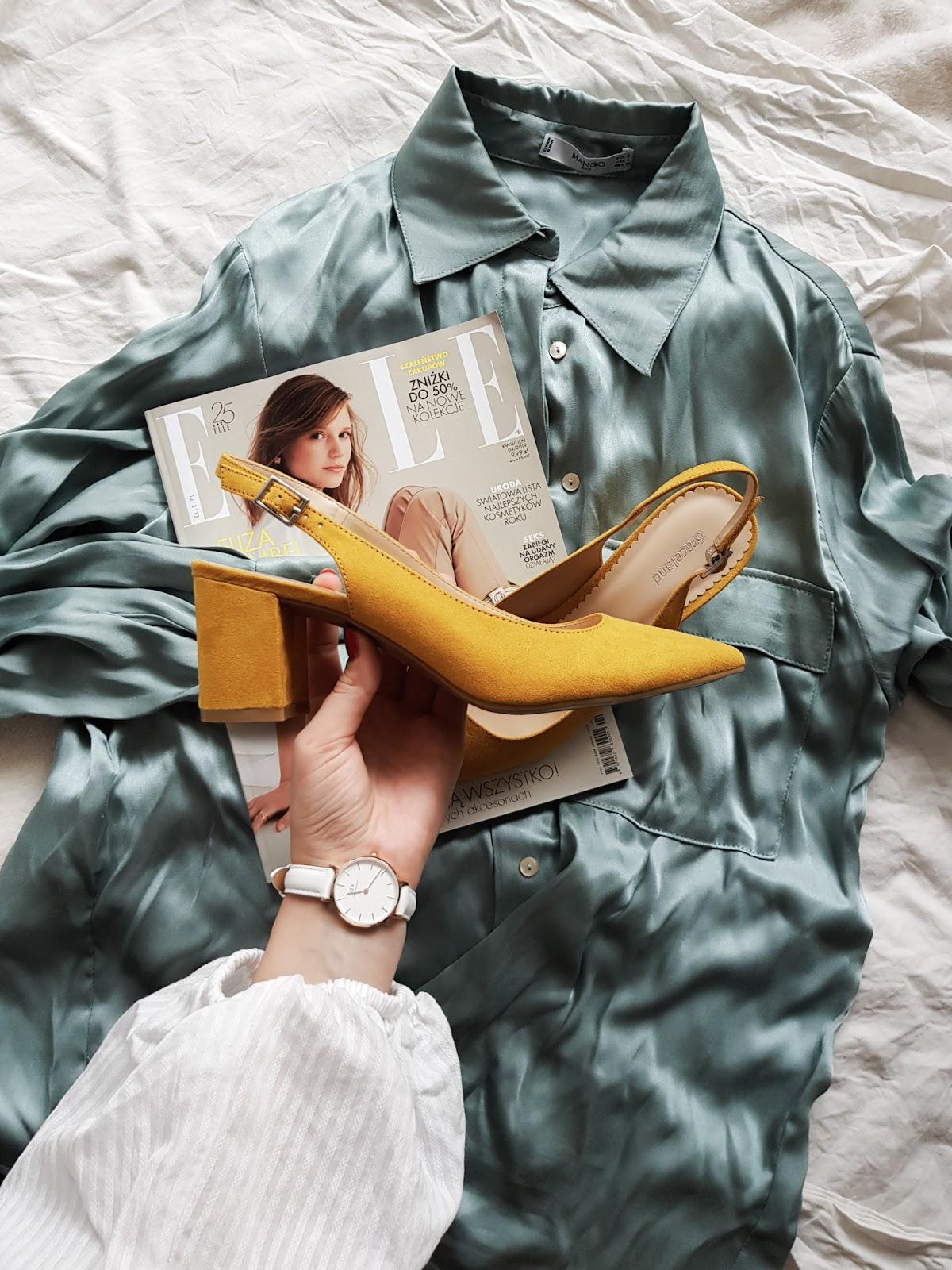 Musztardowe pantofle