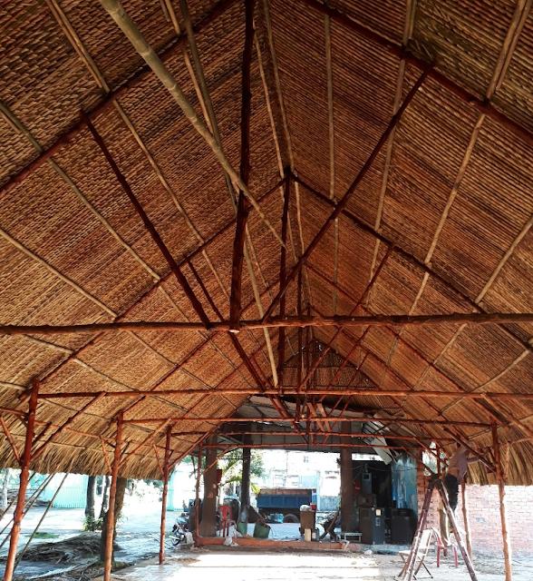 thi công mái lá dừa quán chay