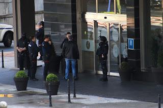 Operativo policial en el hotel Novotel