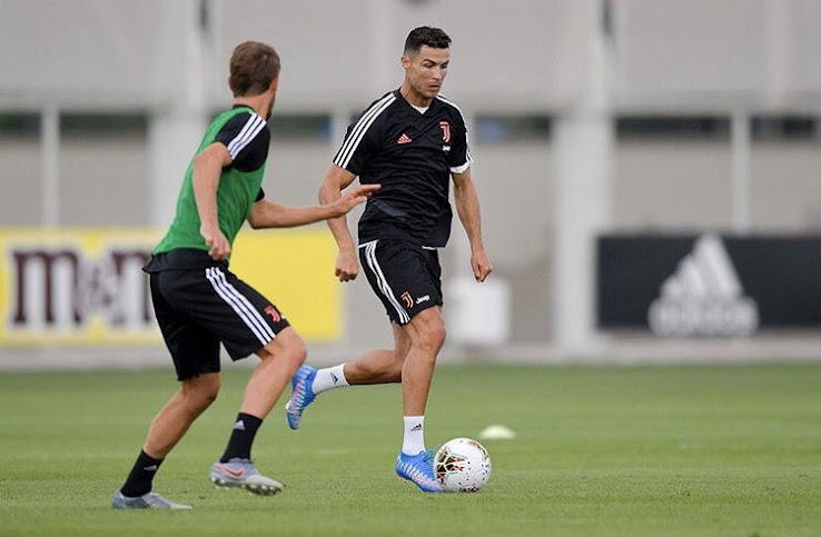 Cristiano Ronaldo Shows Off Special Next-Gen Nike Mercurial Superfly 'Shuai' Boots - Footy Headlines