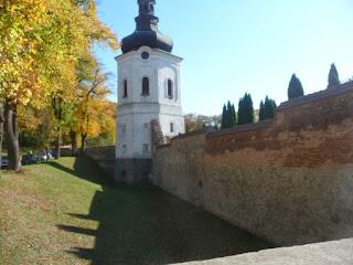 Крехов. Монастырь св. Николая. Верхняя башня и оборонительные стены XVII в.