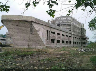 University of Port-harcourt building a ship structure building for it marine department. (photo)