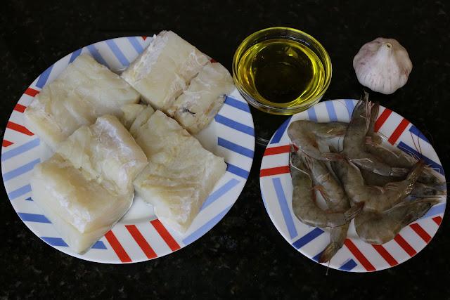 Ingredientes para lomo de bacalao al ajo