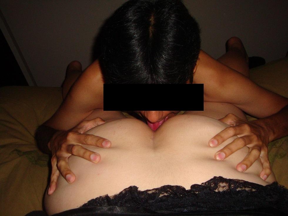 mujeres putas chilenas córneo