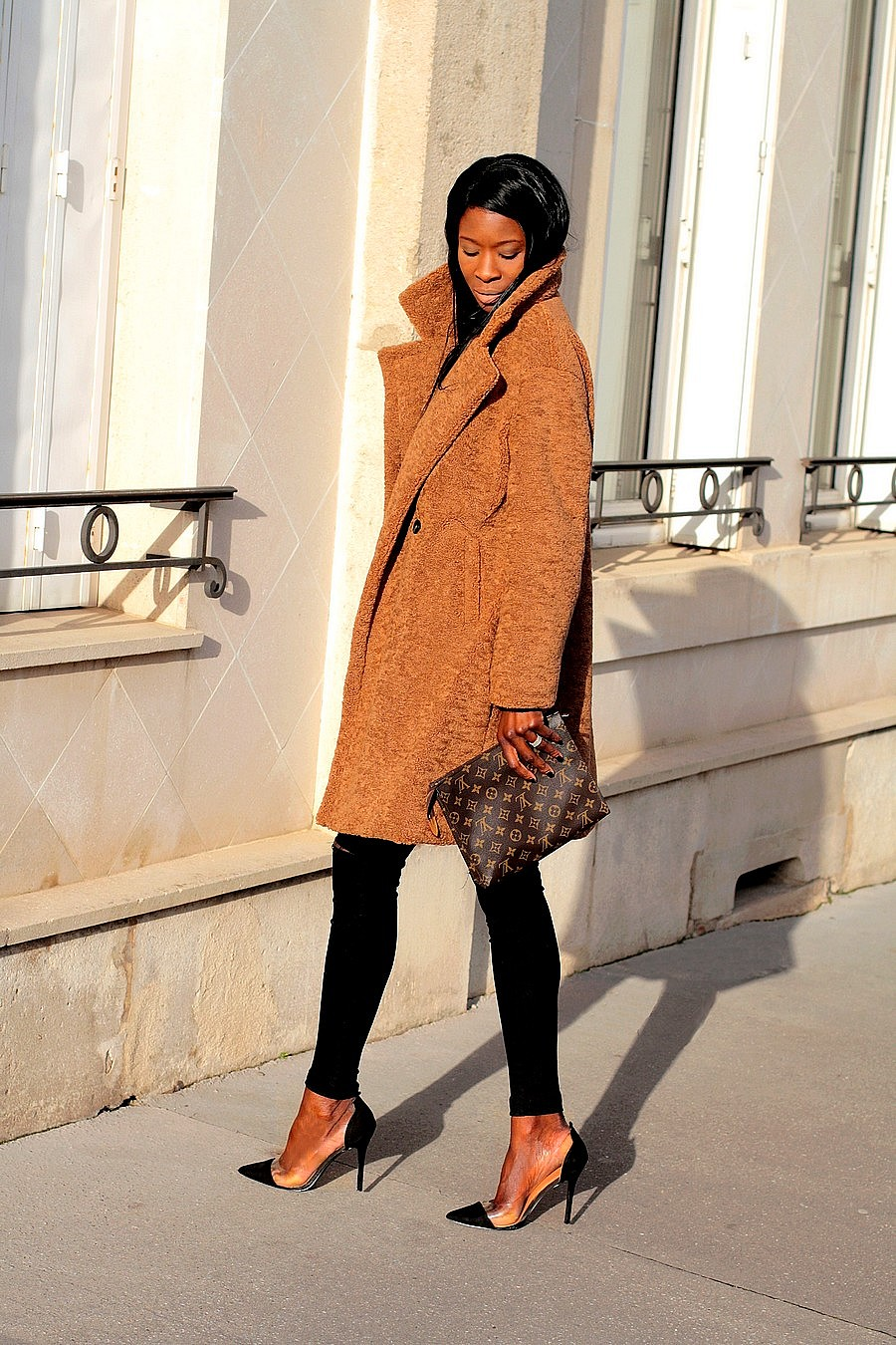 poche-toilette-louis-vuitton-26-itbag-perspex-heels-teddy-coat