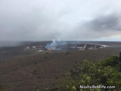 Hawaii volcano active lava flow