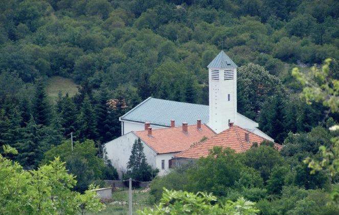Slikovni rezultat za katolička crkva GORANCI