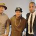 Imagenes – Romeo santos y Jay z les dan la bienvenida a Mozart la para a Roc Nation