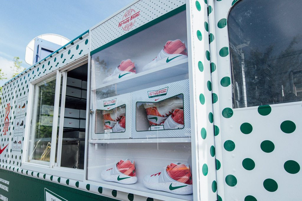"Nike Kyrie 2 ""Krispy Kreme"" - Planet of the Sanquon 8cd784317"