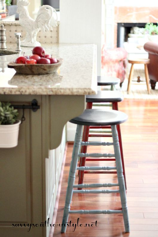 Savvy Southern Style : Mismatched Farmhouse Style Bar Stools