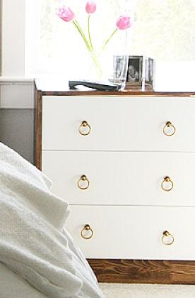 diy relookez un meuble en pin pour 3 fois rien initiales gg. Black Bedroom Furniture Sets. Home Design Ideas