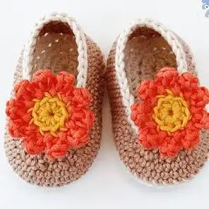 Botitas Flor a Crochet