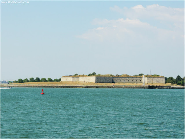 Castle Island: Fort Independence