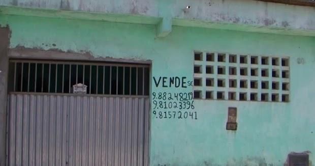 Homem coloca casa venda para pagar rem dio de esposa com for Blog mural do oeste
