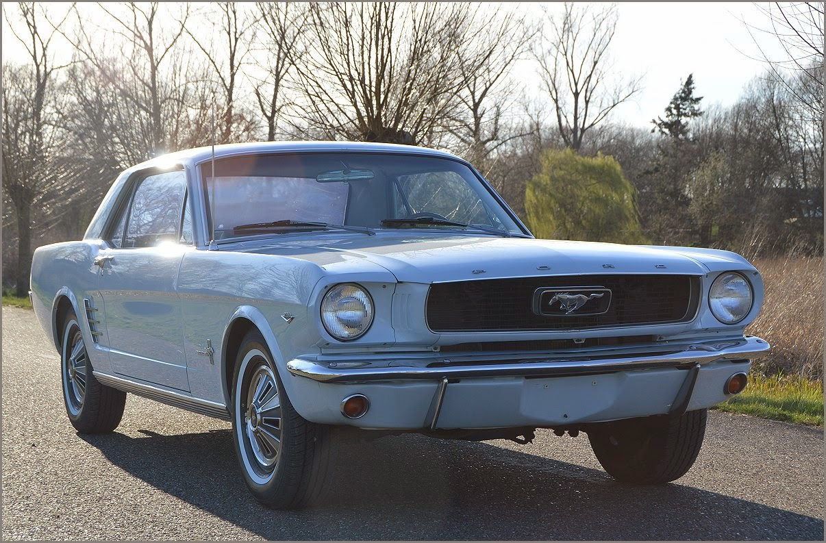 Ford mustang v8 coupe 1966