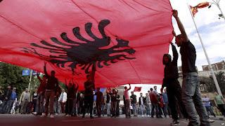 Ζητούν αποζημιώσεις δισεκατομμυρίων Αλβανοί και Τσάμηδες