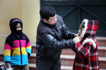 Tiết trời trở lạnh: Phòng bệnh viêm đường hô hấp trên ở trẻ