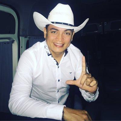 61398c64fb542 Debajo del Sombrero